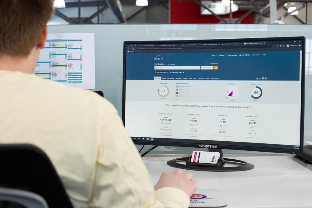 digital marketing pro looking at analytics